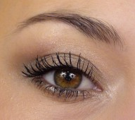 Comment maquiller des petits yeux ronds ?