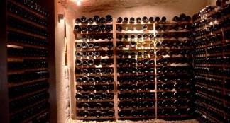 Cave a vin je d guste du vin vieilli - Conserver vin sans cave ...